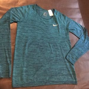 Women's Dri Fit work out shirt